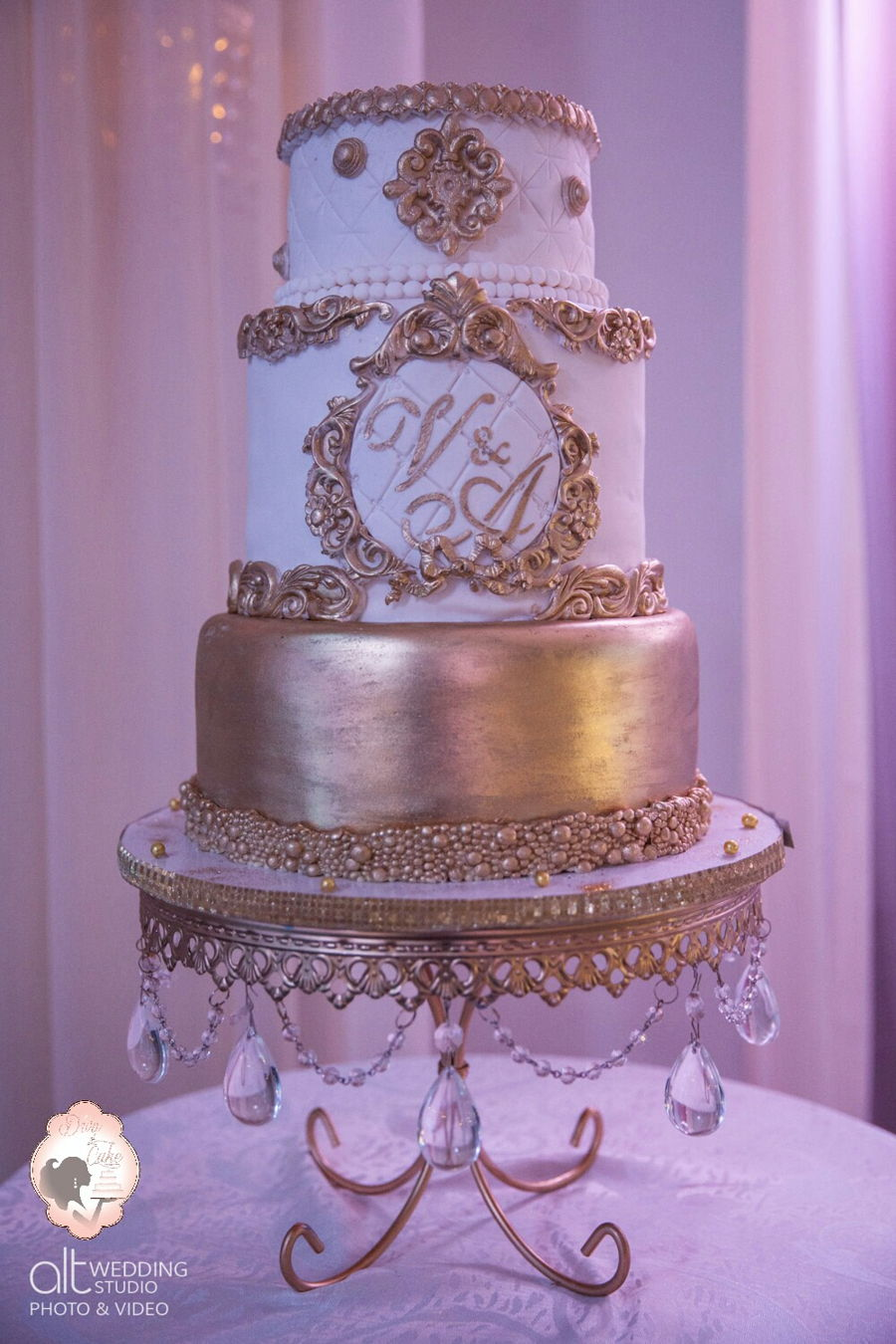 white wedding cake baroque wedding cake white amp gold cakecentral 1360