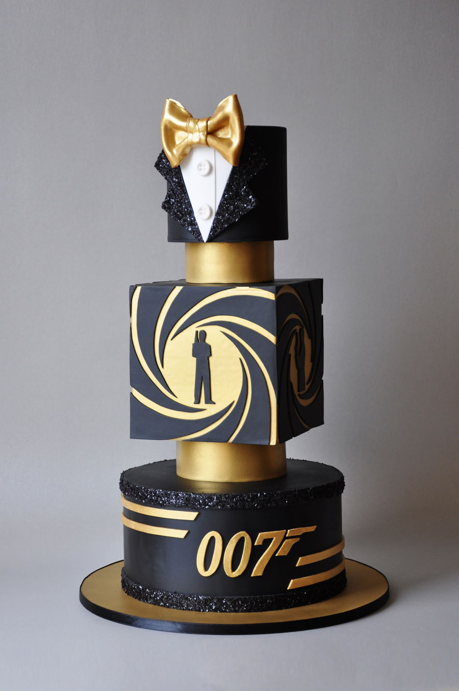 James Bond Decoration Ideas