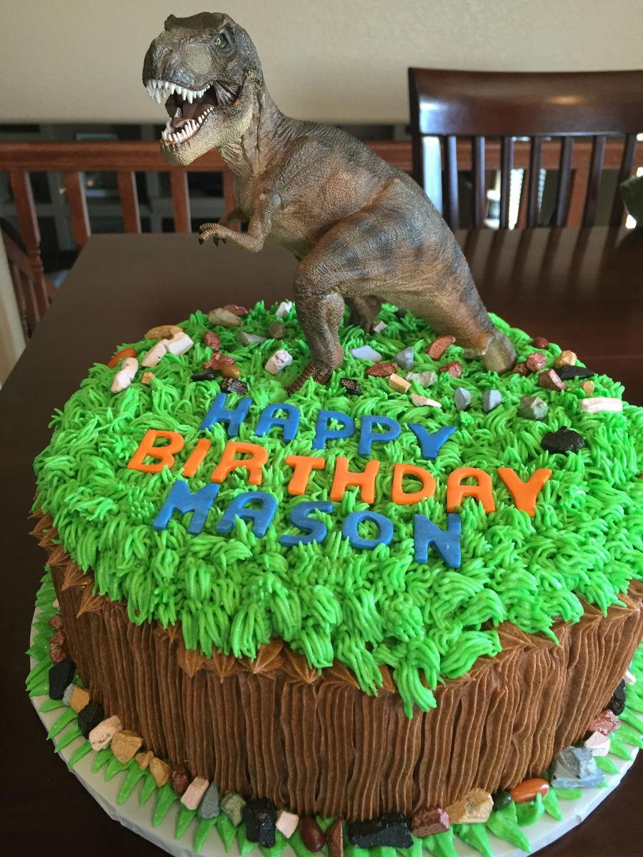 Cake Design Dinosaur : Dinosaur Birthday Cakes - CakeCentral.com