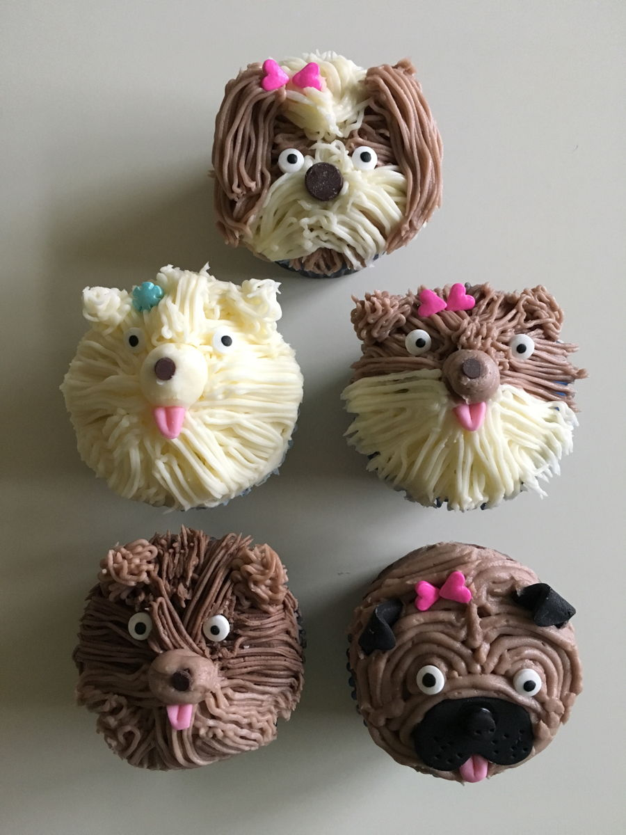 Doggy Cupcake on Cake Central