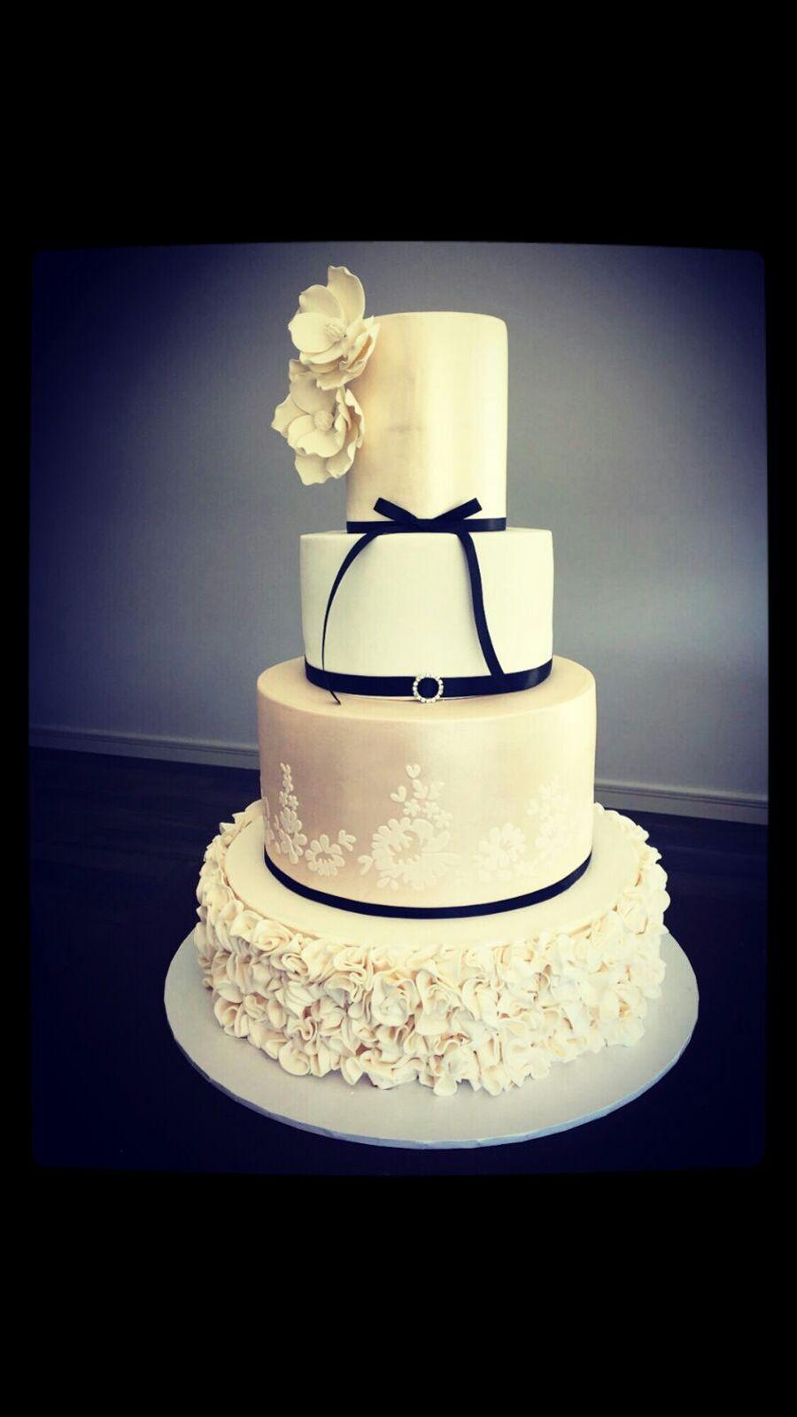Elegant Star Wars Wedding Cake