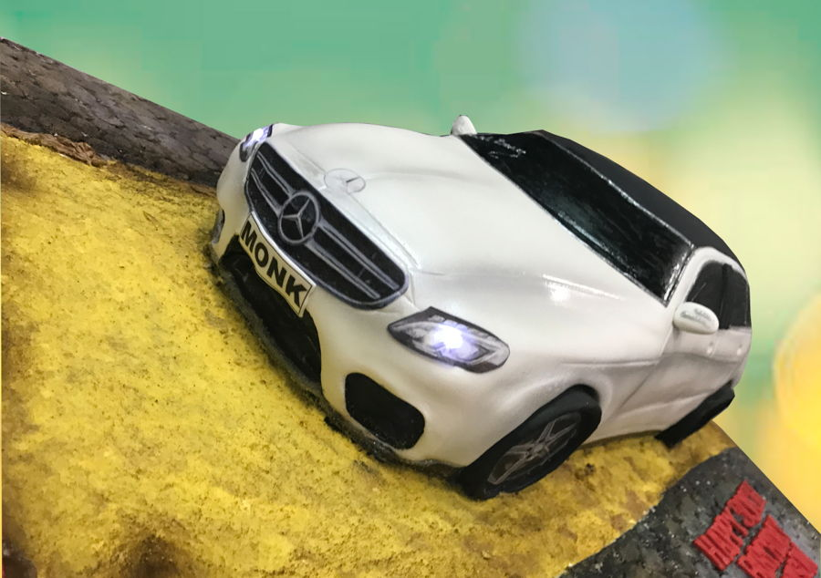 Mercedes benz cake for Mercedes benz cake design