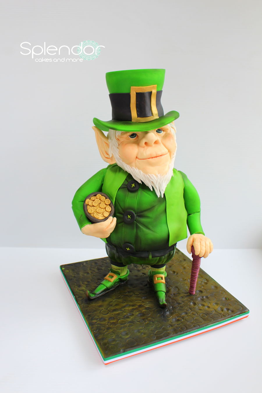 Seamus The Leprechaun on Cake Central
