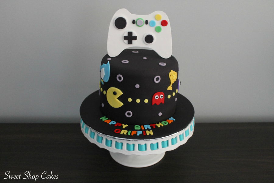 Awe Inspiring Video Game Birthday Cake Cakecentral Com Birthday Cards Printable Trancafe Filternl