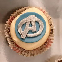 Avengers Cupcakes Fondant decorated