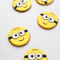 Minion Cookies minion cookies - buttery sugar cookies decorated with royal icing