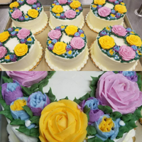 Piped Flowers Buttercream flowers