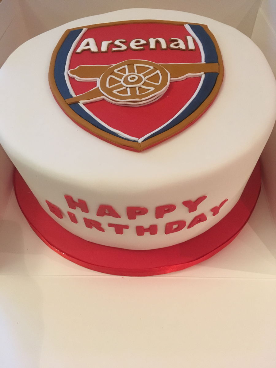 Arsenal Themed Birthday Cake CakeCentralcom
