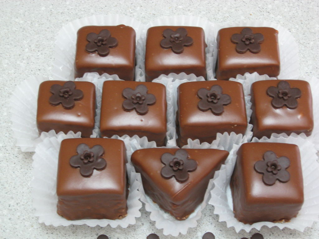 Chocolate Petit Fours With Modeling Chocolate Decoration ...