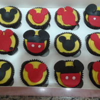 Mickey Mouse Cupcakes chocolate cupcakes decorated in fondant