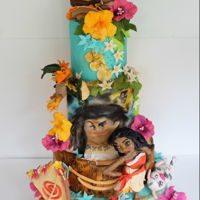 Moana This is a birthday cake is sculpted and hand painted