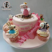 Peppa Pig Cake Peppa pig cake with match cupcakes