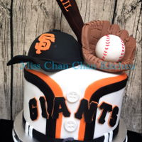 Sf Giants SF Giants themed birthday cake. The center pieces are edible.