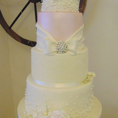 Antique Lace And Pearl Wedding Cake