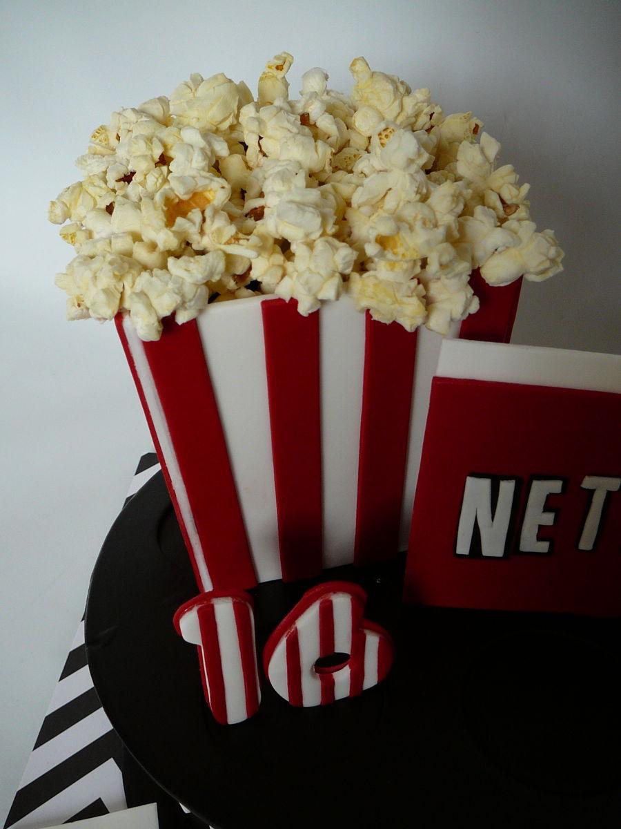 Netflix And Popcorn - CakeCentral.com