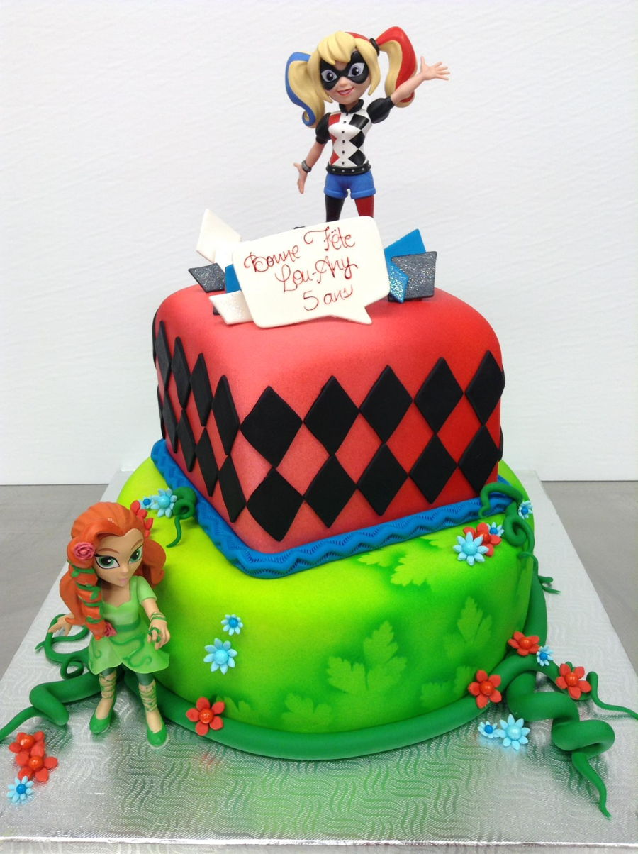Poison Ivy And Harley Quinn Cake Cakecentral Com