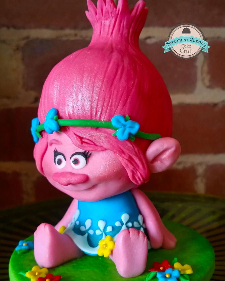 Trolls Poppy Birthday Cake