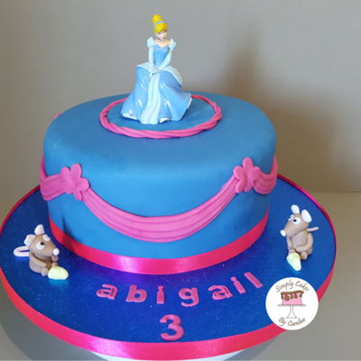 A Cinderella Cake For A Huddersfield Customer A Cinderella cake for a Huddersfield Customer