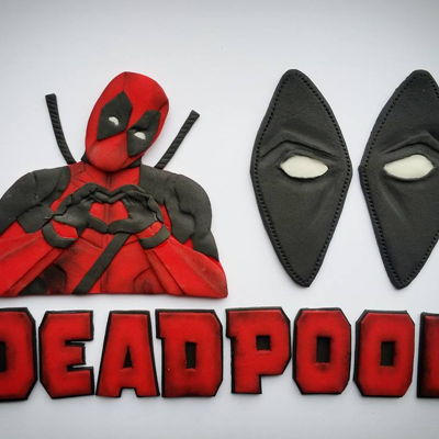 Deadpool Decoration Set I really love this set - customer used it for hers wedding cake :)