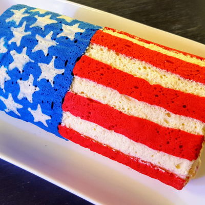 Happy Independence Day! (Early, Of Course) Easy fourth of July cake. Looks way more impressive than the effort actually needed. . . http://cupofsugarpinchoflove.blogspot.com/2017/06/...