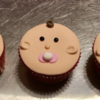 Baby Face Cupcakes Cute and fun cupcakes