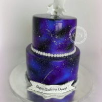 Galaxy Cake 6''+8''vanilla cakestrawberry swiss buttercream