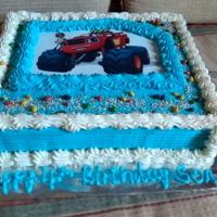 Image Cake vanilla cake with buttercream