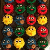 Sesame Street Cupcakes These cupcakes were a big hit!!