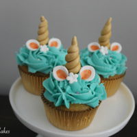 Unicorn Cupcakes I'm so happy a client of mine finally ordered these. I've always wanted to make unicorn cupcakes; I'm totally obsessed with...