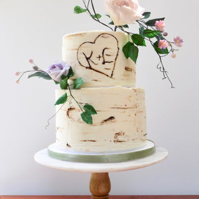 Birchbark Wedding Cake Sweet little all buttercream birchbark cake, with my very own sugar flowers !