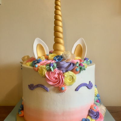 Unicorn My first unicorn cake! Champagne cake with champagne buttercream and candy clay decorations for a sweet 16