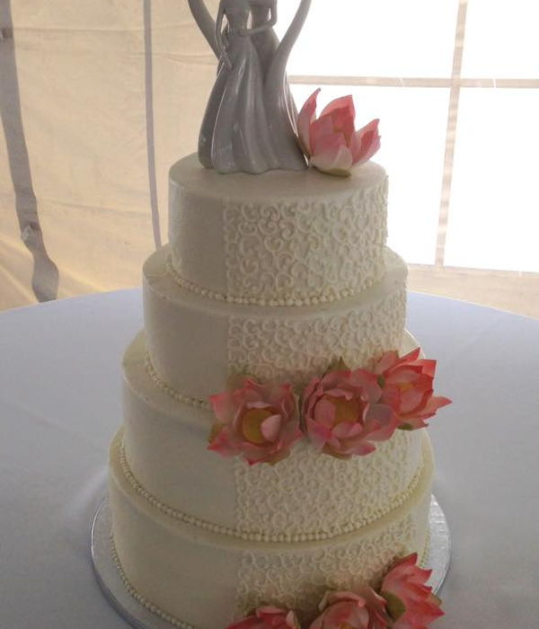 Lotus Wedding Cake