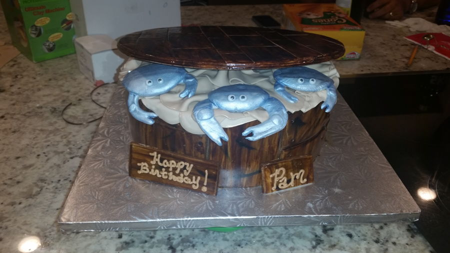 Blue Crabs In Wood Barrel on Cake Central