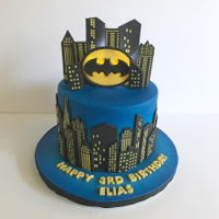 "Batman 7"" fondant, skyscrapers using stencil"