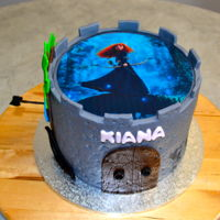 Disney Brave Chocolate Mud Cake with Fondant and Edible Image I didn't want to just do a boring edible image on a cake so I created a scene with...