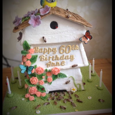 """beehive In The Garden"" Cake This was very fiddly and time consuming!!! Everything was made from a mixture of sugar paste and Gumpaste, the bee wings were made from..."