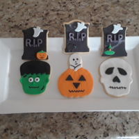 Halloween Cookies NFSC with fondant.