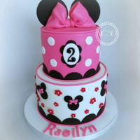 Minnie Mouse Cake 6''+8'' vanilla cake