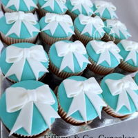 Tiffany & Co. Cupcakes Vanilla and Chocolate CupcakesFondant Bows