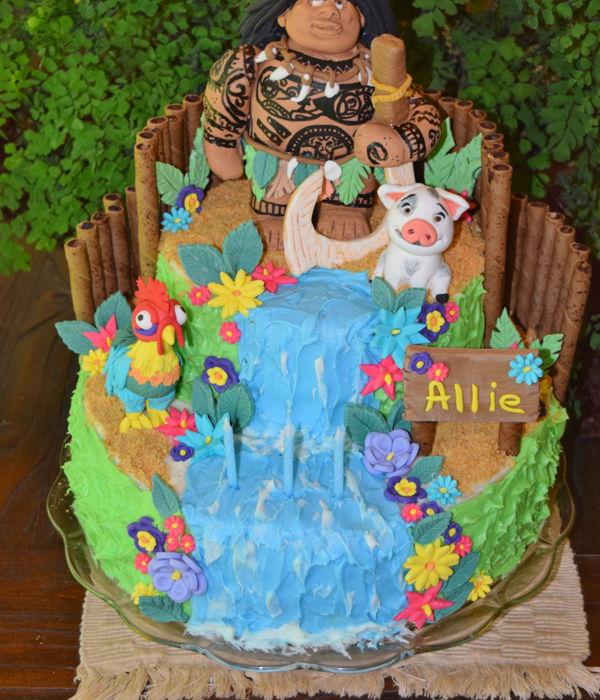 Moana Maui Birthday Cake - CakeCentral.com
