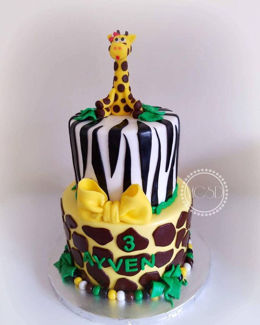 Swell Jungle Safari Birthday Cake Cakecentral Com Funny Birthday Cards Online Alyptdamsfinfo