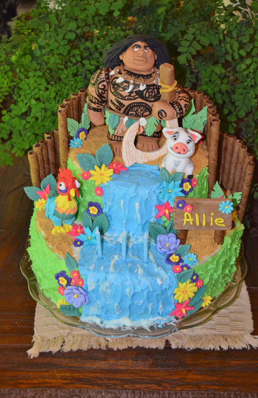 Moana Maui Birthday Cake CakeCentralcom - Maui birthday cakes