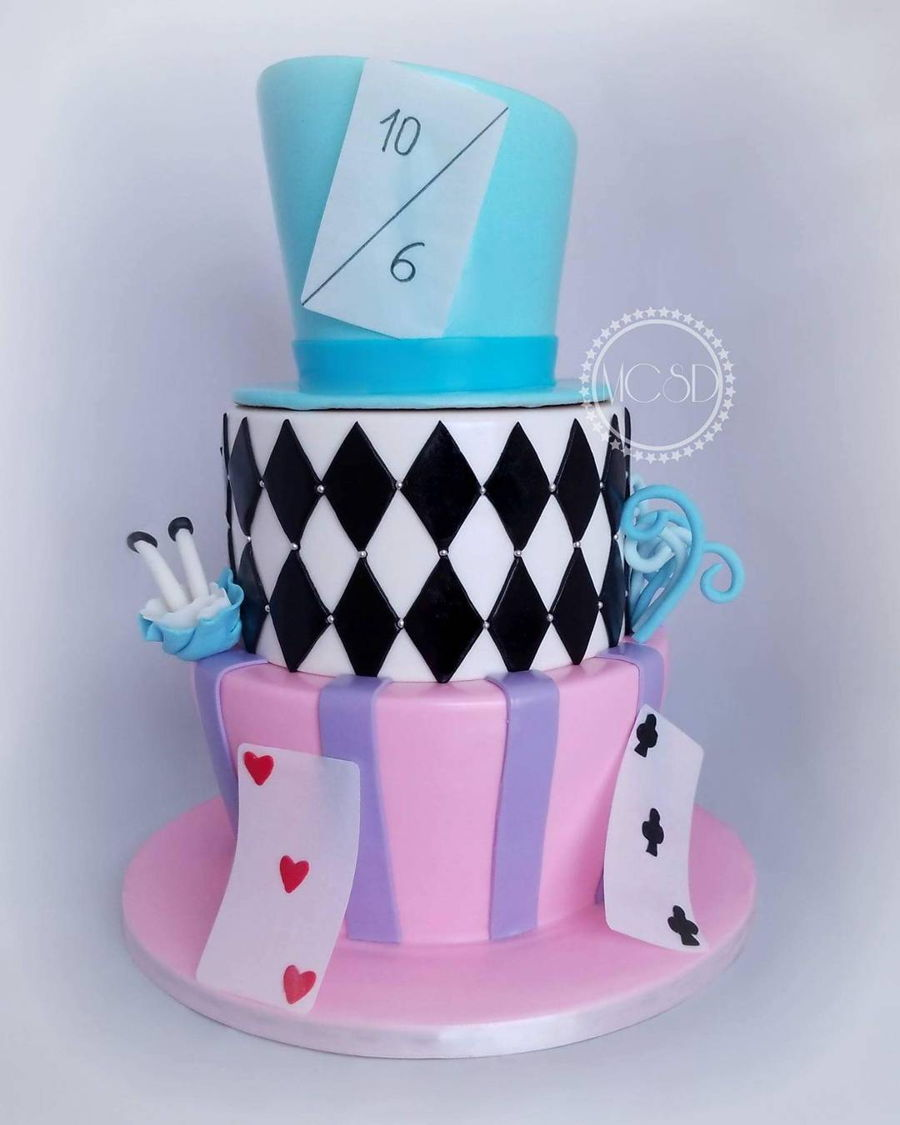 Very Merry Unbirthday Cake Alice In Wonderland Cake
