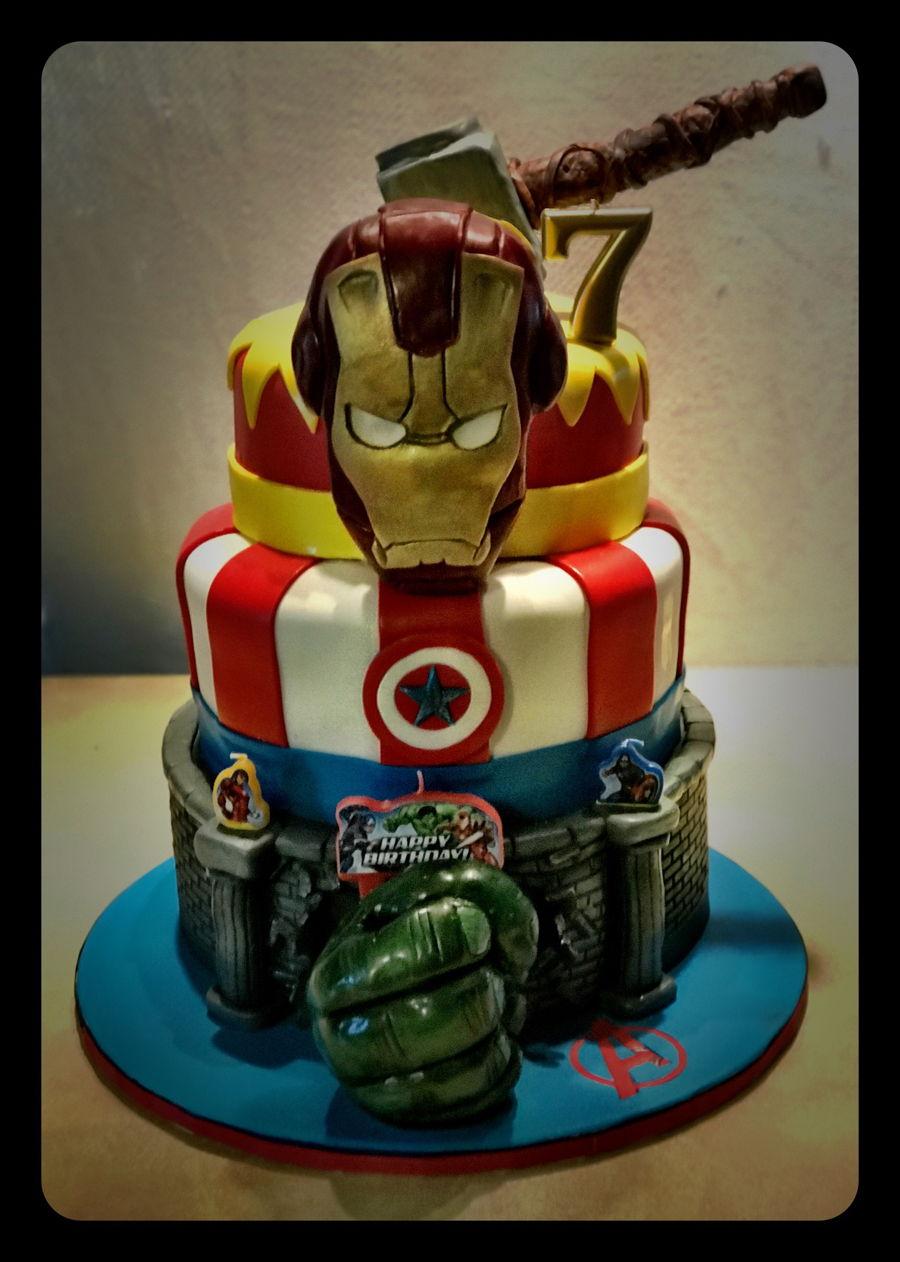 Avengers Birthday Cake CakeCentralcom