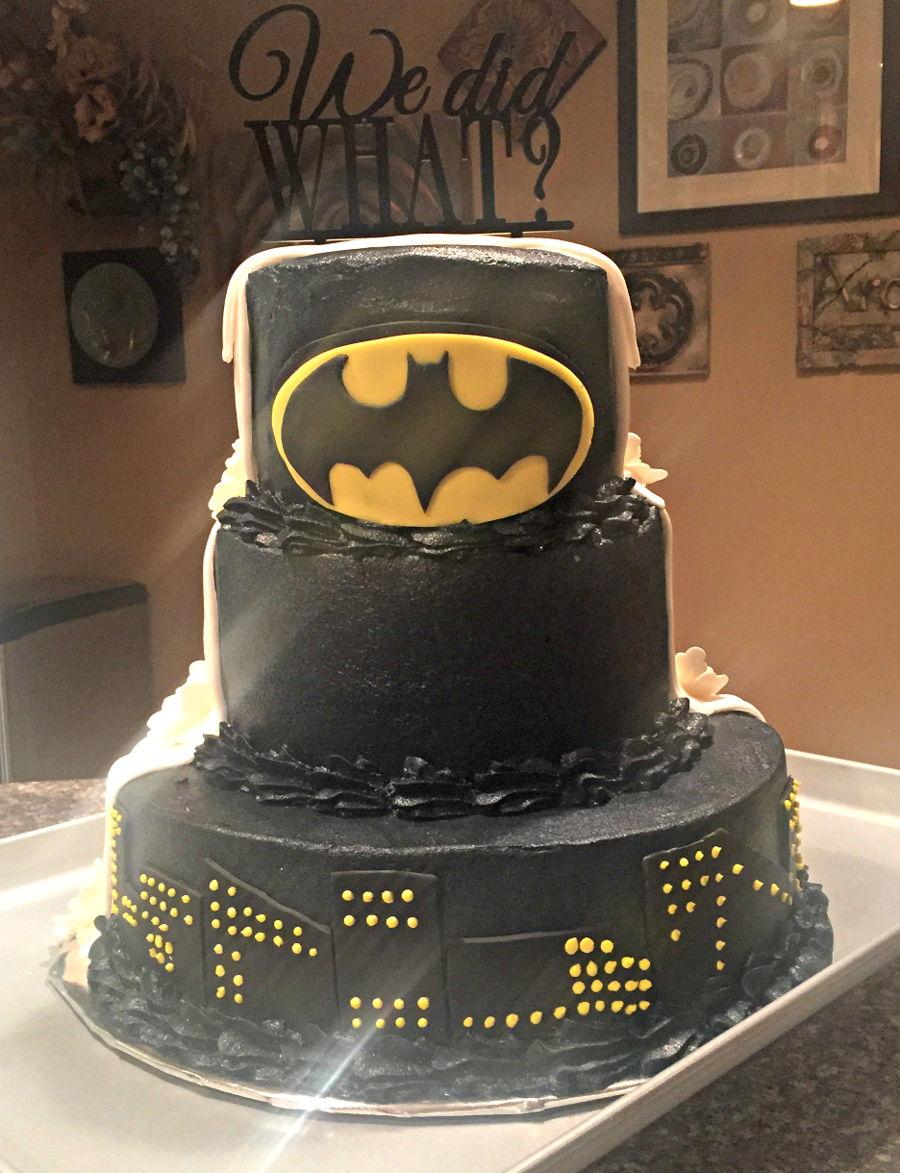 Bride And Groom Batman Wedding Cake CakeCentralcom