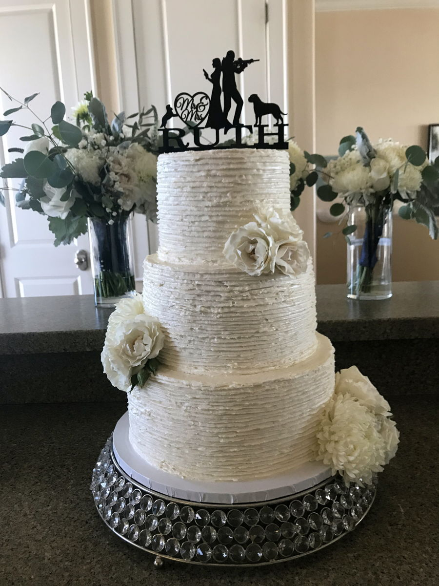 Rustic Buttercream Wedding Cake W Fresh Flowers