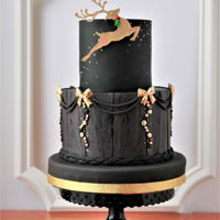 Rustic Elegance Christmas Cake who says rustic can not be also elegant at the same time? :-)