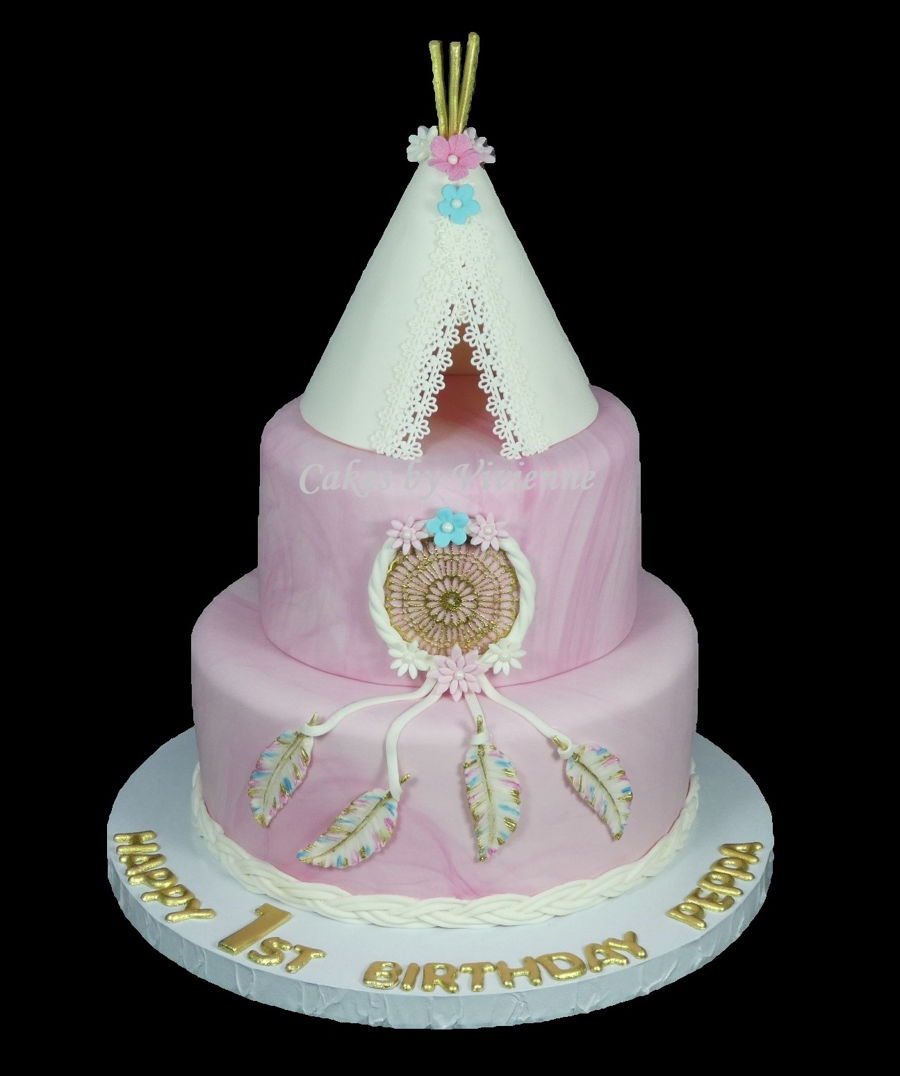 Mud Cake Decorations