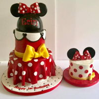 "Minnie Mouse Minnie mouse cake 8"" and 6"" w/ matching smash cake. Minnie hat made w/ hempshere pan"