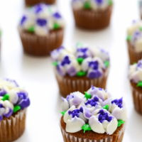 Purple And White Flower Bouquet Cupcakes purple and white flower bouquet cupcakes